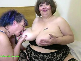 lezbian lick, mature lesbian gallery